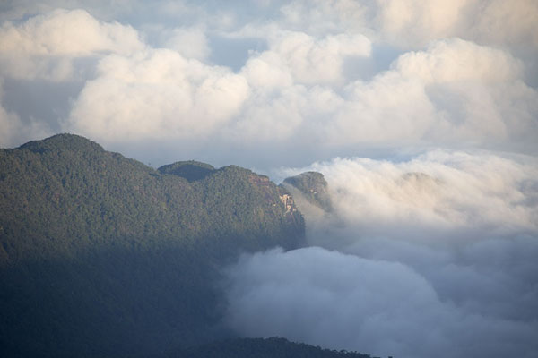 Picture of Adam's Peak (Sri Lanka): Clouds enveloping a  lower mountain seen from Adam's Peak
