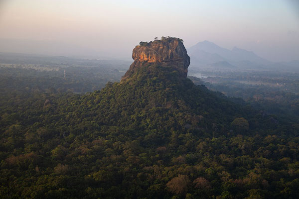Foto van View of Sigiriya rock from the adjacent Pidurangala rockSigiriya - Sri Lanka