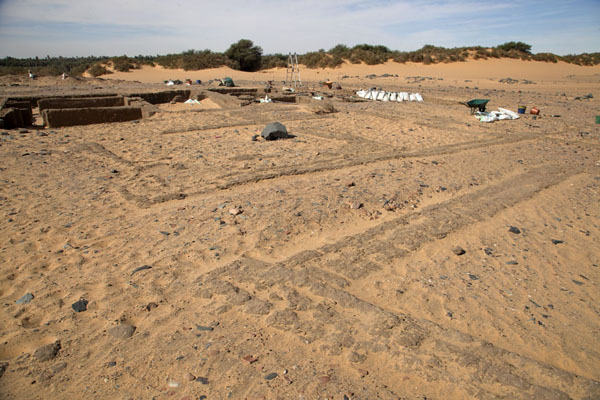Picture of Amara West (Sudan): The outlines of houses can clearly be seen in the sand of Amara West