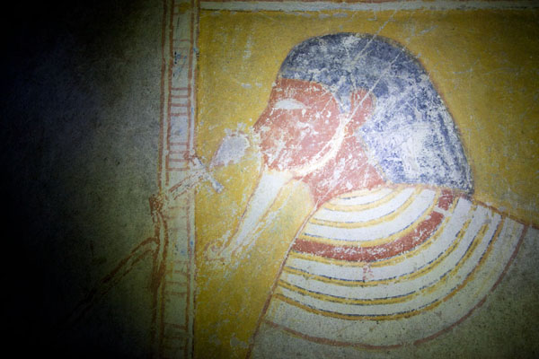 Foto de Close-up of a mural inside one of the tombs of El KurruKurru - Sudán