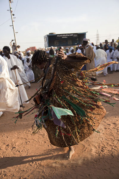 Dervish dancing frantically during the ceremony of the Sufis | Hamed El Nil dervishes | Sudan
