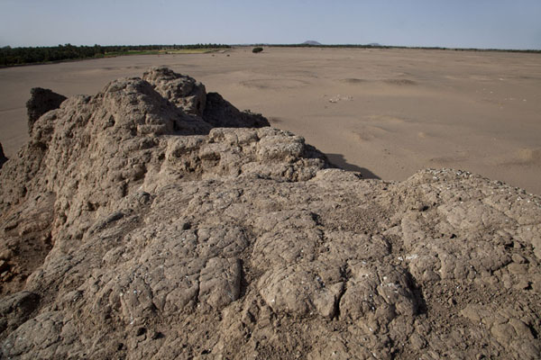 View from the eastern deffufa, revealing many tombs at the large cemetery | Deffufa di Kerma | Sudan
