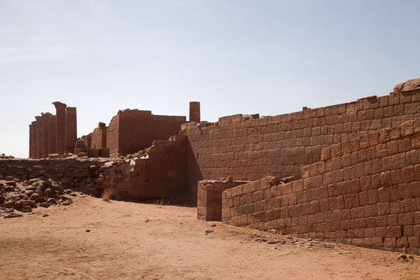 Walls of Temple 100 with sloping ramps | Musawarat es Sufra | Sudan