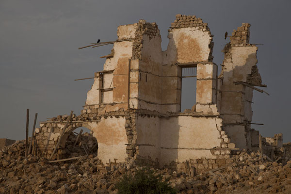Walls still standing amidst the rubble of the old coral town of Suakin | Suakin Old Town | Sudan