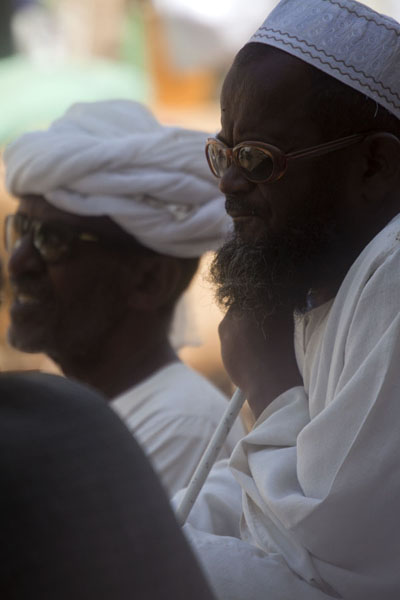 Picture of Men dressed up in white on the streets of Kassala