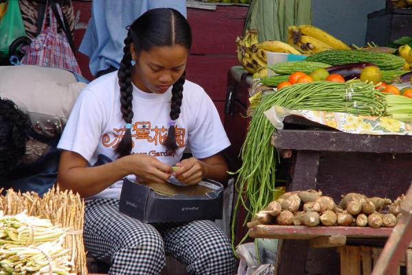 Picture of Tending to business at Paramaribo market