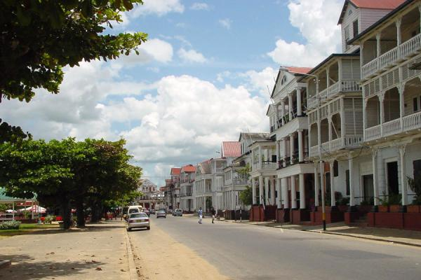 Waterfront street with typical houses | Paramaribo | Surinam