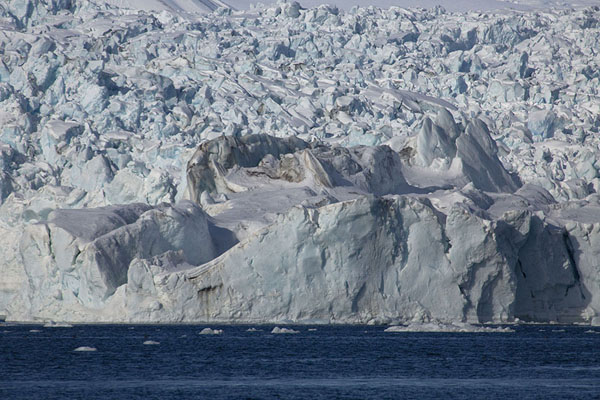Picture of The enormous glacier of Negribreen tumbling down from the mountainsNegribreen - Svalbard and Jan Mayen