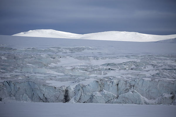 Hayesbreen glacier at Mohnbukta | Snowmobile to Spitsbergen East Coast | 司法勒巴和燕麦言
