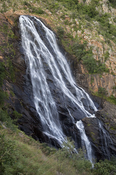 Foto de View of the biggest part of the Malolotja Falls - Swazilandia - Africa