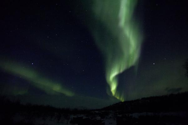 Trace of northern lights high in the sky | Abisko aurore polaire | la Suède
