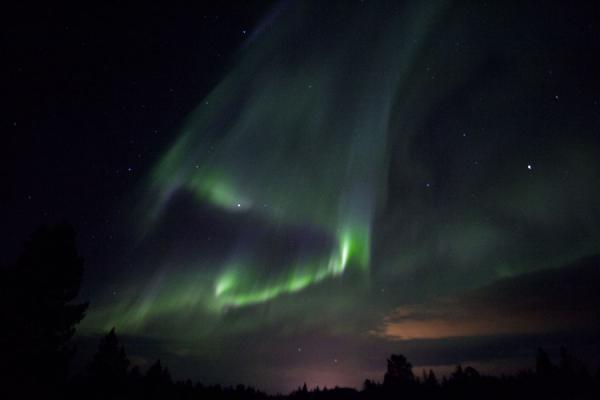Northern light coming out of space into our atmosphere between Kiruna and Abisko | Abisko aurore polaire | la Suède
