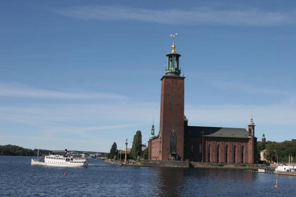 Picture of Stockholm waterfront (Sweden): Stockholm City Hall and boat