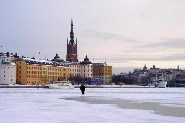 Picture of Stockholm Winter (Sweden): Stockholm harbour: frozen harbour