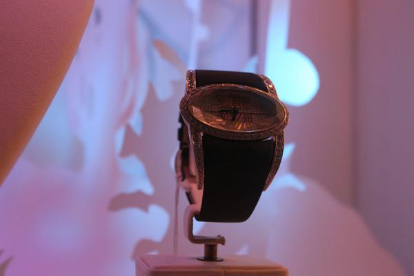 Watch in window in Geneva | Relojes suizos | Suiza