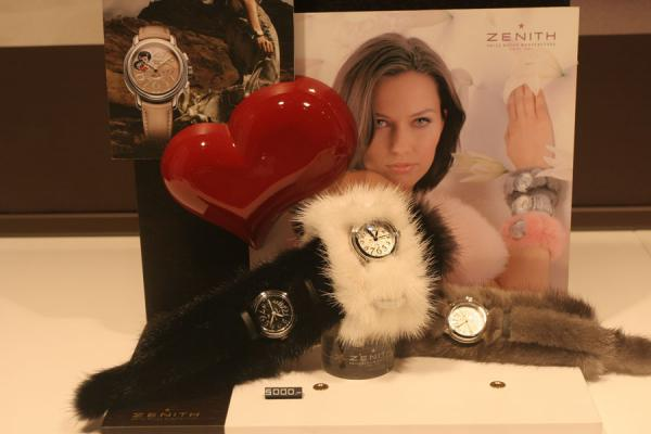 Still with watches, heart and picture in Geneva | Relojes suizos | Suiza