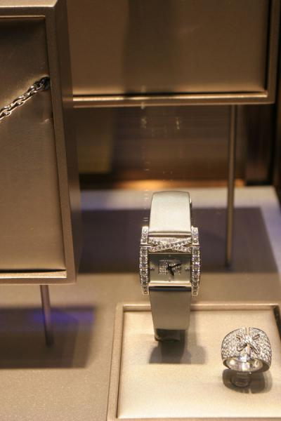 Jewellery and watch in one in window in Geneva | Swiss watches | Switzerland