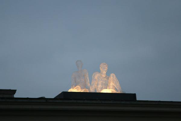 Two iron sculptures sitting on the roof of the Tourist Office | Yalil Sculptures | Switzerland