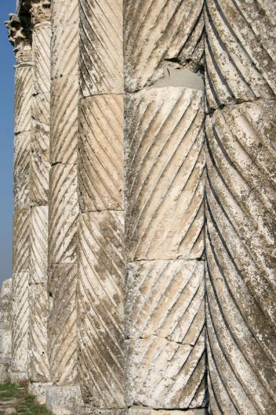 Picture of Apamea (Syria): Fluted columns at Apamea