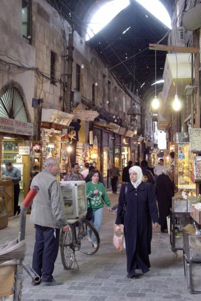 Picture of Damascus' old city (Syria): Inside the souq of Damascus