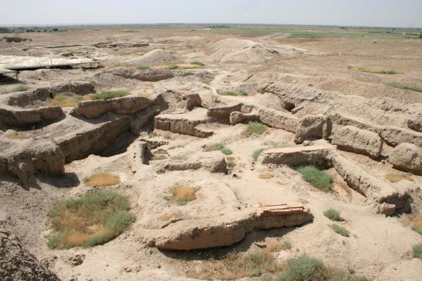 Picture of Mari: adobe ruins