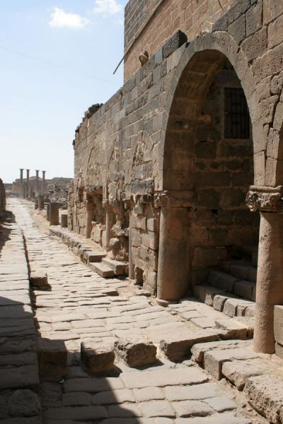 Picture of Omar Mosque (Syria): Omar mosque outside: arch and ancient Roman street