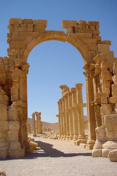 Picture of Palmyra City (Syria): Monumental Arch and beginning of Avenue; Palmyra
