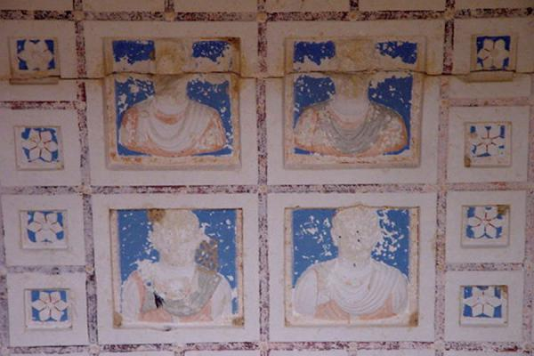 Picture of Tombs of Palmyra (Syria): Ceiling of rich family tomb tower; Palmyra