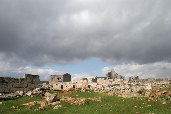 Picture of Serjilla (Syria): Serjilla: remains of the Byzantine Dead City