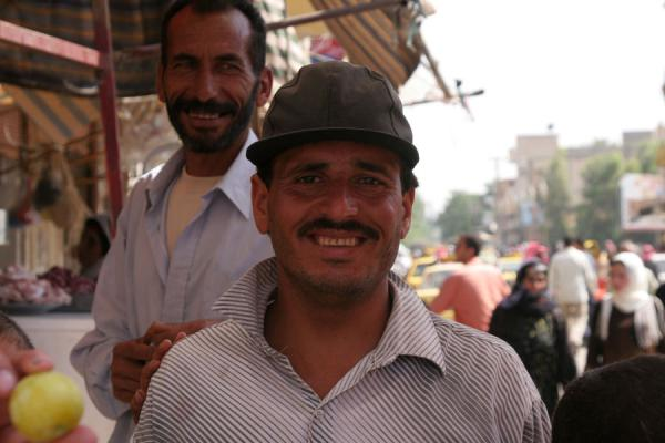 Picture of Syrian people (Syria): Fruitvendor in the streets of Deir es Zor