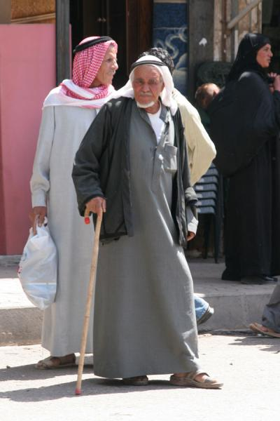 Picture of Syrian people (Syria): Old Syrian man in the street