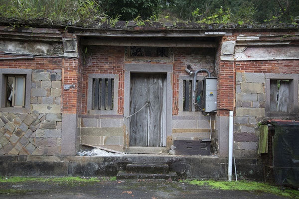 Picture of Old house near JingualiaoPinglin - Taiwan