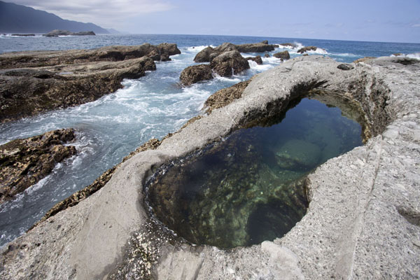 Picture of East Coast Scenic Area (Taiwan): Rocky coastline and natural pools south of Shihtiping