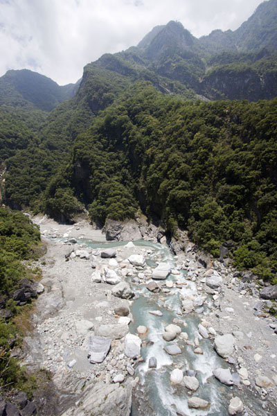 Picture of Taroko Gorge (Taiwan): Looking west from a bridge near Heliu campground