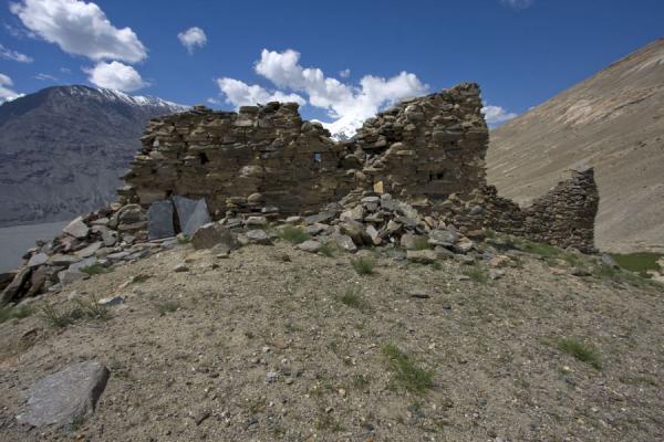 Picture of Abrashim Qala (Tajikistan): Walls of Abrashim Qala