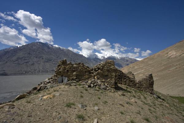 Picture of Abrashim Qala (Tajikistan): Remains of Abrashim Qala