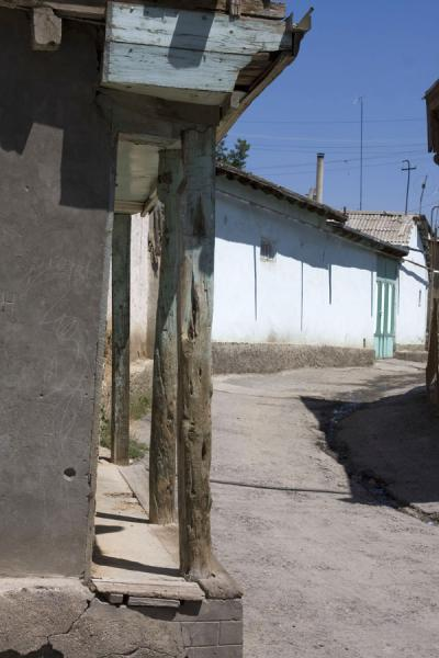Picture of Istaravshan Old Town (Tajikistan): Street in the old town of Istaravshan