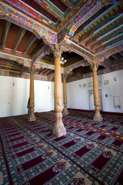 Picture of Istaravshan Old Town (Tajikistan): Wooden pillars and colourful painted ceiling of Hauz-i-Sangin mosque
