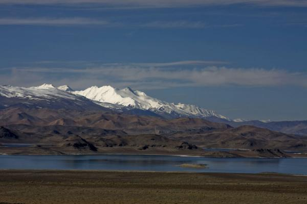 Picture of Lake Kara Kul (Tajikistan): Lake Kara Kul seen from the northern side