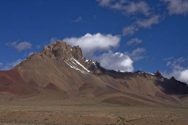 Picture of Keng Shiber (Tajikistan): Red-brown mountain range in Keng Shiber