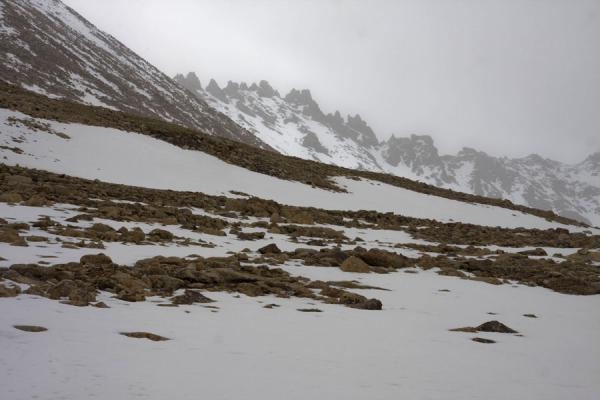 Picture of Keng Shiber (Tajikistan): Snow on the mountain of Keng Shiber