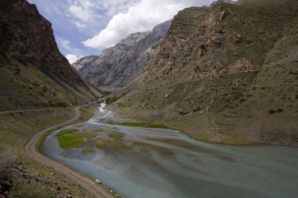Picture of Marguzor lakes (Tajikistan): Beginning of the fourth Marguzor lake, Nofin