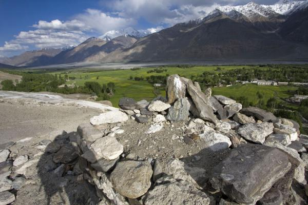 Foto di View from the Buddhist stupa of VrangVrang - Tagikistan