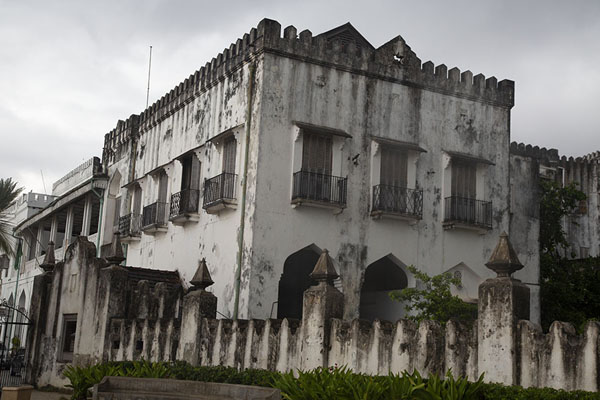 Photo de View of the Sultan Palace, currently an interesting museum - Tanzanie - Afrique