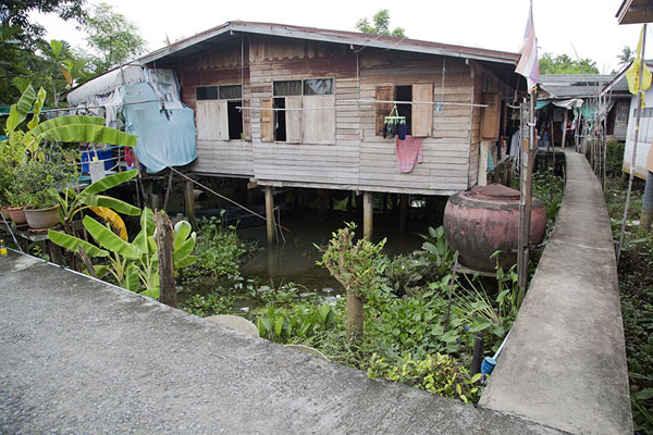 Picture of Ko Kret (Thailand): One of the many houses on stilts on Ko Kret