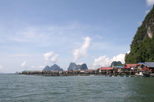 Picture of Ko Panyi (Thailand): Ko Panyi seen from the sea