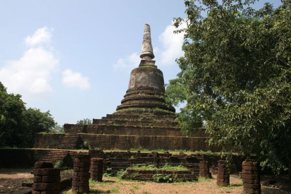 Picture of Si Satchanalai (Thailand): Wat Khao Suwan Khiri located on a hill