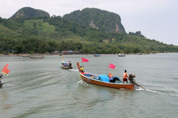 Picture of Thai Fishermen (Thailand): Longtail fisherboat in the Thai sea