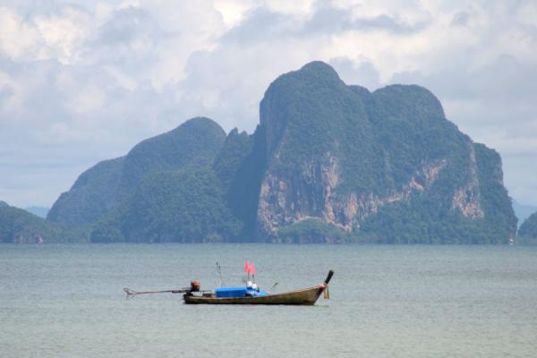 Picture of Thai Fishermen (Thailand): Fisherboats and nets off the Ko Mook coast with islands in the background