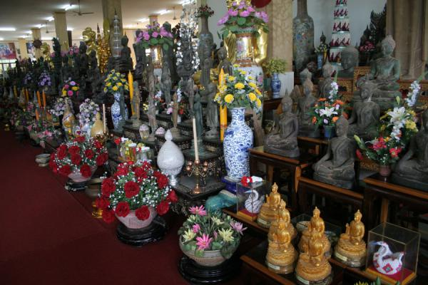 Picture of Wat Khao Sukim (Thailand): Chinese presents abound in one of the smaller halls of Wat Khao Sukim